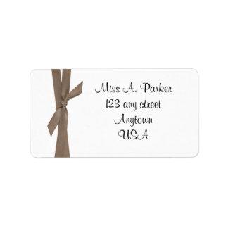 Etiqueta de dirección de la cinta de Brown de la m