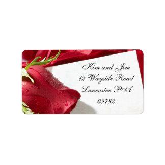 etiqueta de dirección del boda del rosa rojo