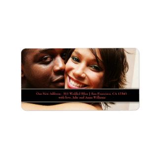 Etiqueta de dirección del recién casado del person