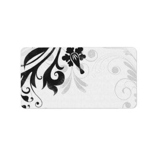 Etiqueta de dirección en blanco floral blanco y ne