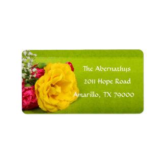 Etiqueta de dirección floral del rosa amarillo