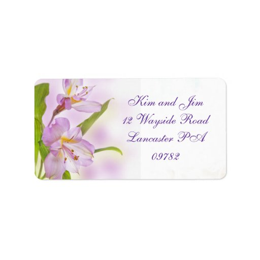 etiqueta de dirección púrpura del boda