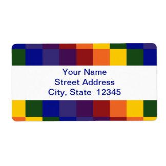Etiqueta de envío a cuadros del arco iris