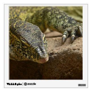 Etiqueta de la pared del lagarto de monitor del vinilo