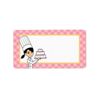 Etiqueta de la torta en medio etiquetas de dirección