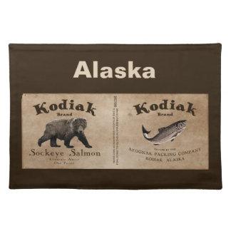 Etiqueta de los salmones del Kodiak del vintage Manteles Individuales