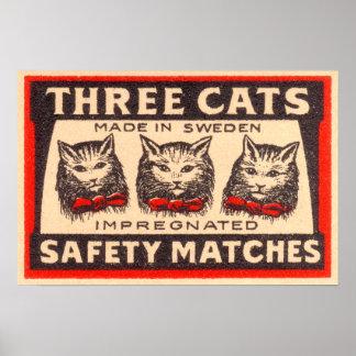 Etiqueta de tres de los gatos partidos de segurida impresiones
