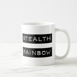 Etiqueta del arco iris de la cautela taza clásica