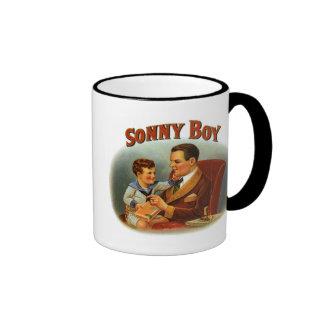 Etiqueta del cigarro del muchacho de Sonny Taza De Dos Colores