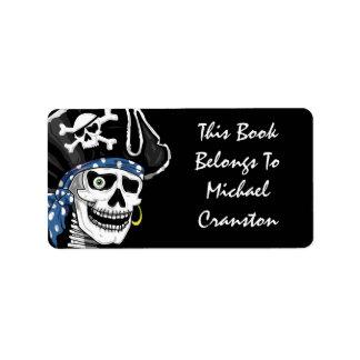 Etiqueta del cráneo del pirata etiquetas de dirección