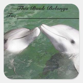 Etiqueta del libro de los delfínes