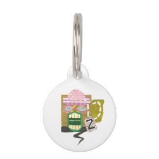 Etiqueta del mascota de la taza del zombi identificador para mascotas