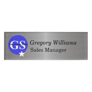 Etiqueta del nombre del empleado del logotipo etiqueta con nombre
