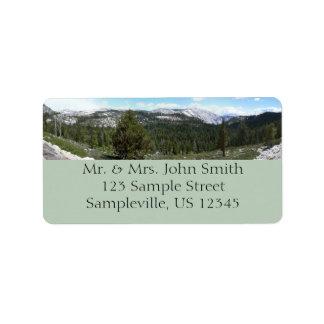 Etiqueta del remite de las montañas de Sierra Etiqueta De Dirección