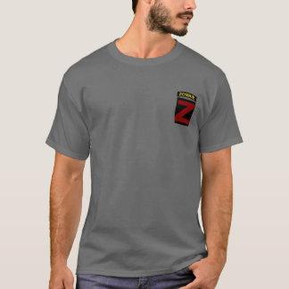 Etiqueta del zombi del color y camiseta del