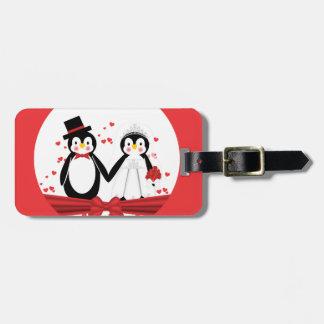 Etiqueta linda del equipaje del boda de la novia y etiquetas de equipaje
