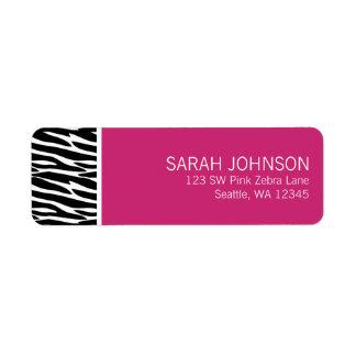 Etiqueta negra y rosada moderna del remite de la c etiqueta de remitente