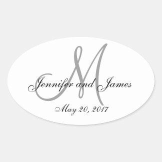 Etiqueta oval del boda del monograma del blanco