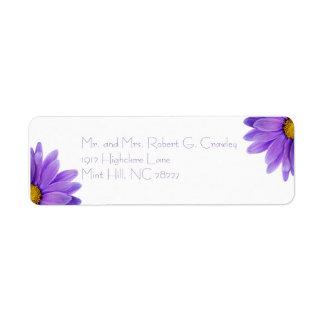 Etiqueta púrpura del remite de la margarita del etiqueta de remite