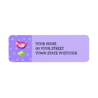 Etiqueta púrpura del remite del pájaro rosado etiqueta de remite