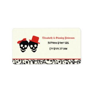 Etiqueta roja del boda de Halloween de los cráneos Etiqueta De Dirección