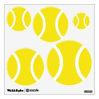 Etiquetas amarillas de la pared de la pelota de