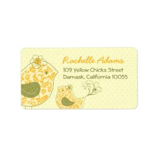 etiquetas amarillas del pájaro de la mamá y de beb etiqueta de dirección