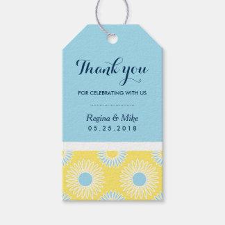 Etiquetas amarillas del regalo del modelo del etiquetas para regalos