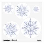 Etiquetas azules de la pared de los copos de nieve