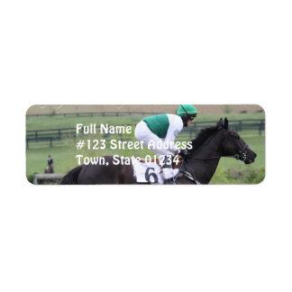 Etiquetas de correo galopantes del caballo de raza etiqueta de remite