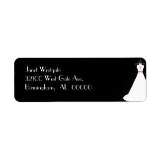 Etiquetas de dirección blancos y negros del vestid