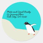Etiquetas de dirección del pingüino etiqueta redonda