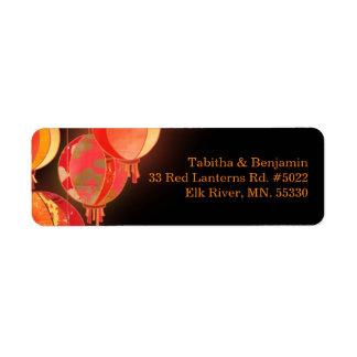 Etiquetas de dirección negras rojas del boda de