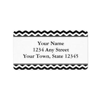 Etiquetas de dirección negras y blancas del sobre