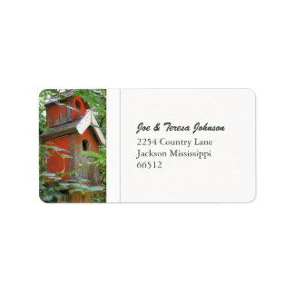 Etiquetas de dirección rojas del Birdhouse