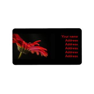 Etiquetas de dirección rojas del boda de la flor d
