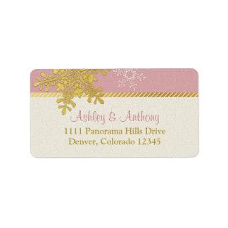 Etiquetas de dirección rosadas del boda del invier