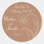 Etiquetas del favor del boda de Brown o etiquetas Pegatina Redonda