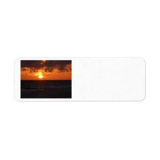 Etiquetas del remite de la puesta del sol etiquetas de remite