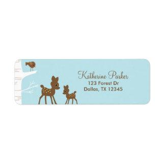 Etiquetas del remite de los ciervos del arbolado etiqueta de remitente