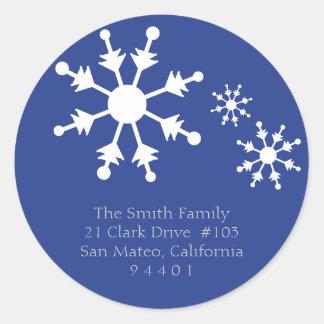 Etiquetas del remite del copo de nieve del navidad pegatina redonda