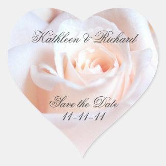 Etiquetas en forma de corazón del boda color de pegatina en forma de corazón
