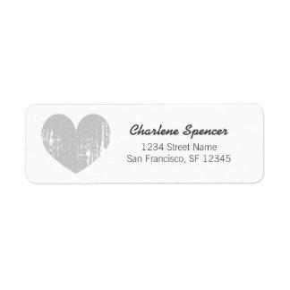 Etiquetas grises del remite del diseño del corazón etiquetas de remite