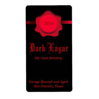 Etiquetas hechas caseras negras y rojas de la cerv etiqueta de envío