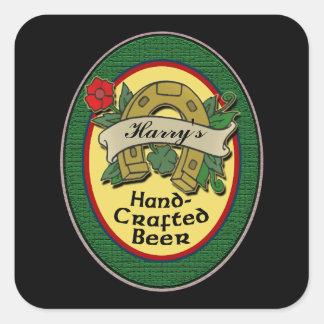 Etiquetas hechas en casa de encargo de la cerveza pegatina cuadrada
