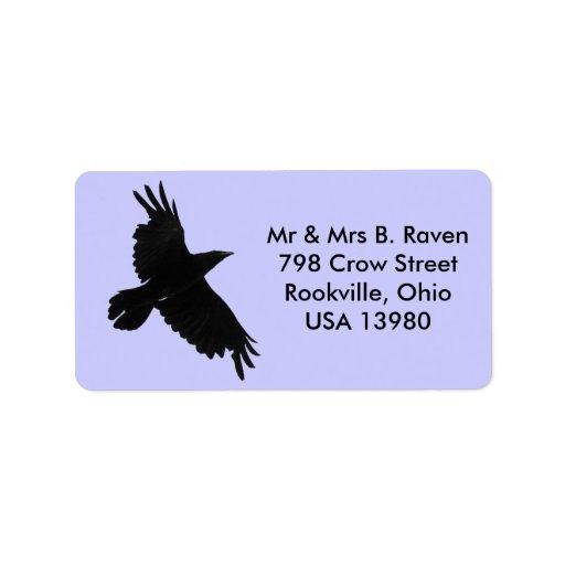 Etiquetas negras del cuervo que vuelan etiquetas de dirección