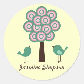 Etiquetas/pegatinas del nombre dos pájaros verdes pegatinas redondas