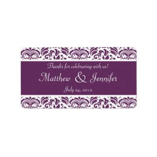 Etiquetas púrpuras y blancas del favor del boda de
