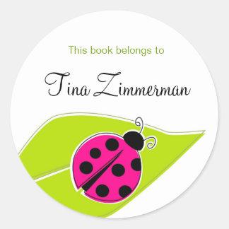 Etiquetas rosadas del Bookplate de la mariquita