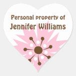 Etiquetas rosadas retras de la propiedad del pegatinas corazon personalizadas